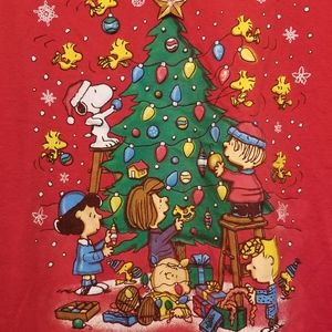 REAL VINTAGE medium Peanuts Christmas tee